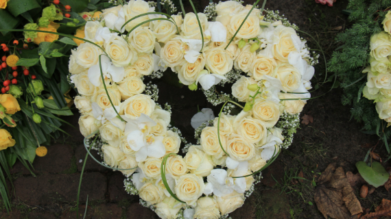 independent funeral director Chesterfield, Derbyshire